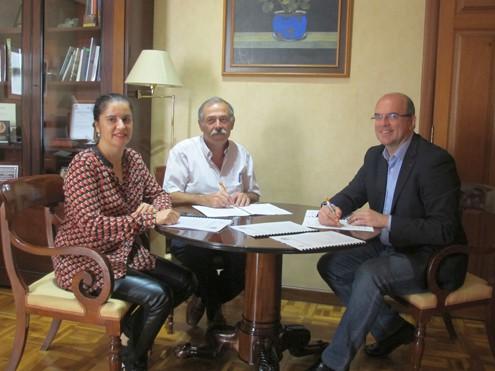 Cabildo y ADER colaboran en programas de formación e inserción para jóvenes y mujeres usuarios de Servicios Sociales