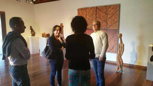 La escultora Pegé inaugura en el Museo del Puro de Breña Alta su serie 'Empuria'