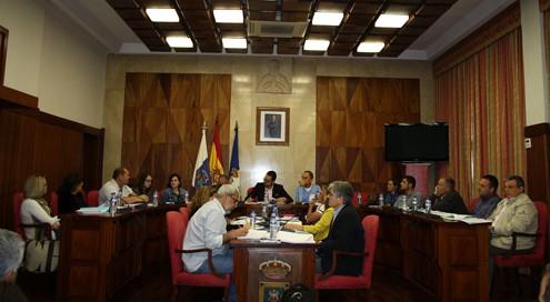 La Mesa de Trabajo por el Empleo aborda las distintas acciones a desarrollar por la Consejería de Jordi Pérez Camacho