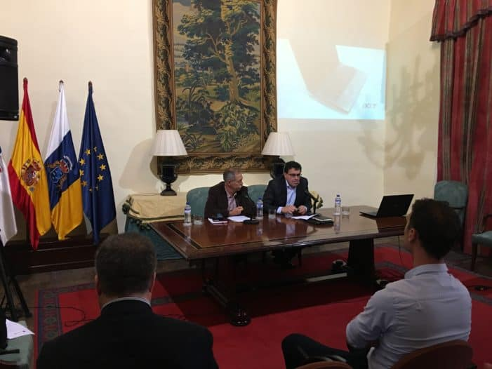 Economía presenta las líneas de financiación en 2017 para el tejido empresarial de la isla de La Palma